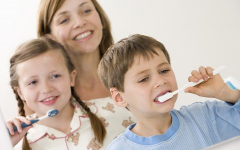 brush-kids-teeth-2